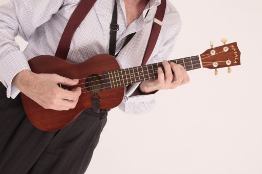 MAKALA CONCERT UKULELE. THE BEST SOUNDING UKULELE FOR THE PRICE. A COMPLETE PACKAGE.